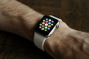 El smart watch: uno de los regalos tecnológicos más populares esta Navidad